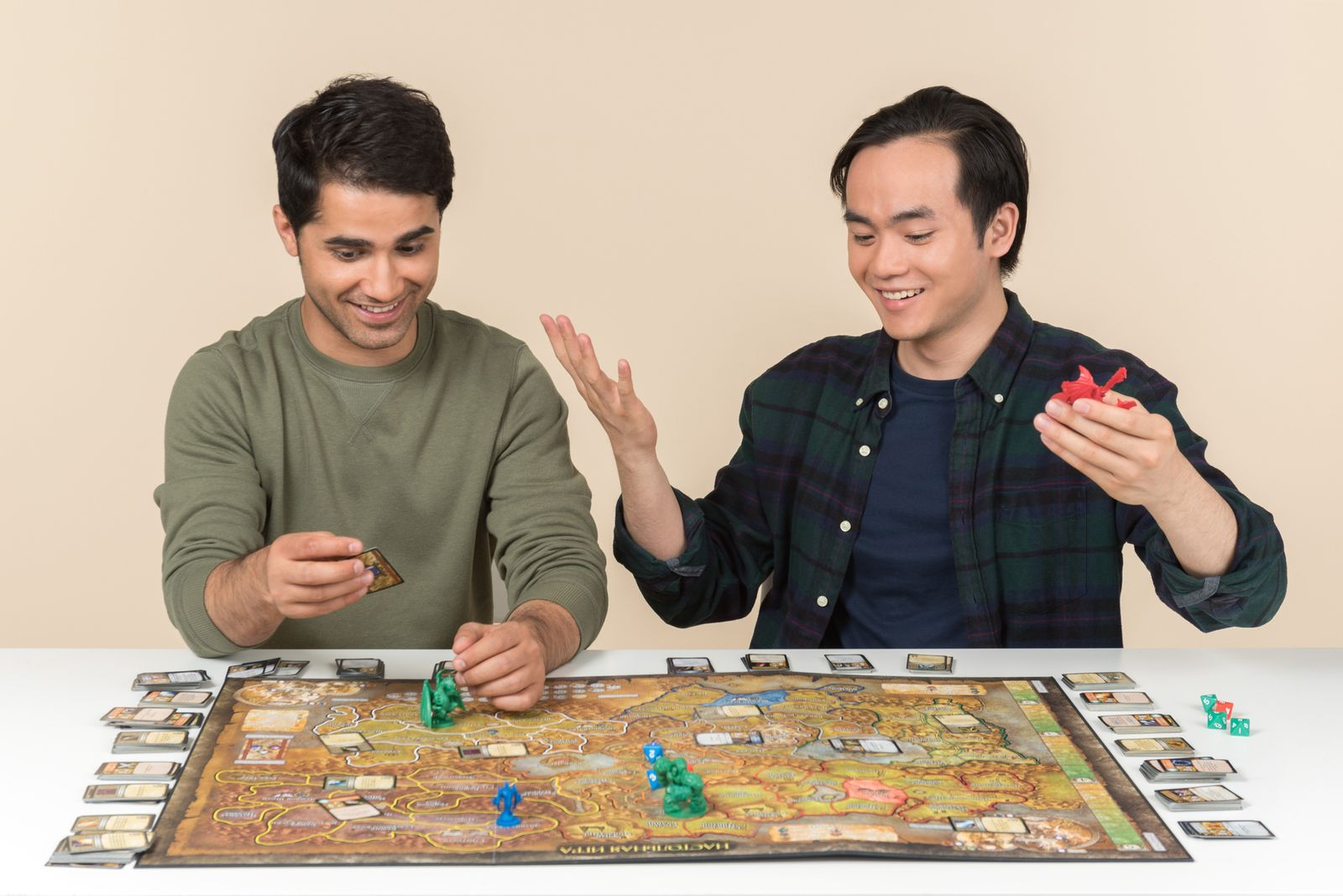Friends Only: a special collection of Friendship Day images: Playing board game with a friend